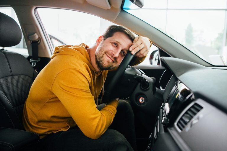 Новым подключившимся водителям в июне 1000₽ на счёт